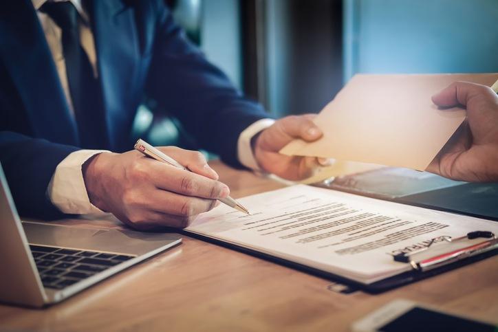 How Do Criminal Defense Attorneys Get Paid?